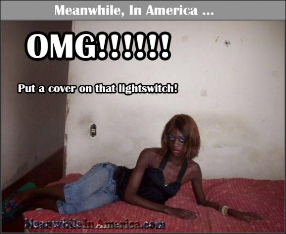 Shes Bringin Sexy Back   busted down crackhead missing lightswitch Meanwhile In America 590x483