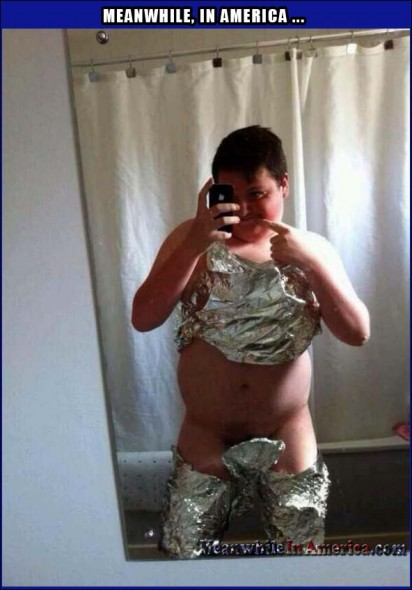 Im Gonna Dress as a Ham in an Oven, but first a Selfie.   selfie boy in foil wtf Meanwhile In America 412x590