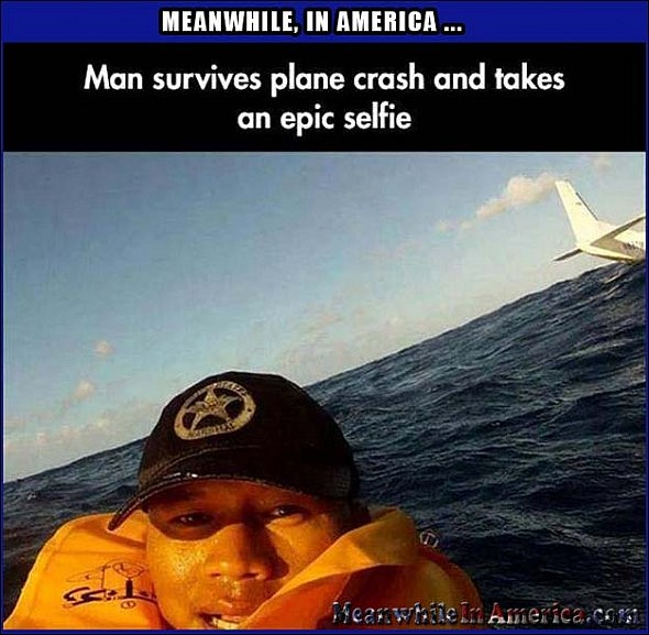 Yall Need to Up Your Selfie Game Now, Heres the Current Champ!   IMG 5071446405010 Meanwhile In America 590x577